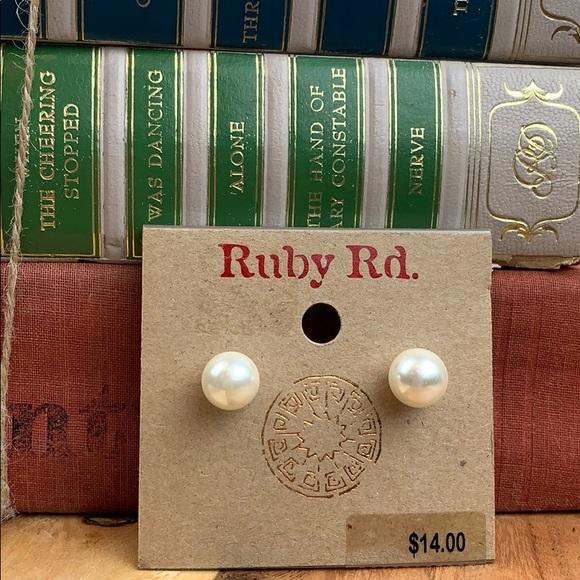 Ruby Rd. Jewelry - Ruby Rd. Faux pearl studded earrings